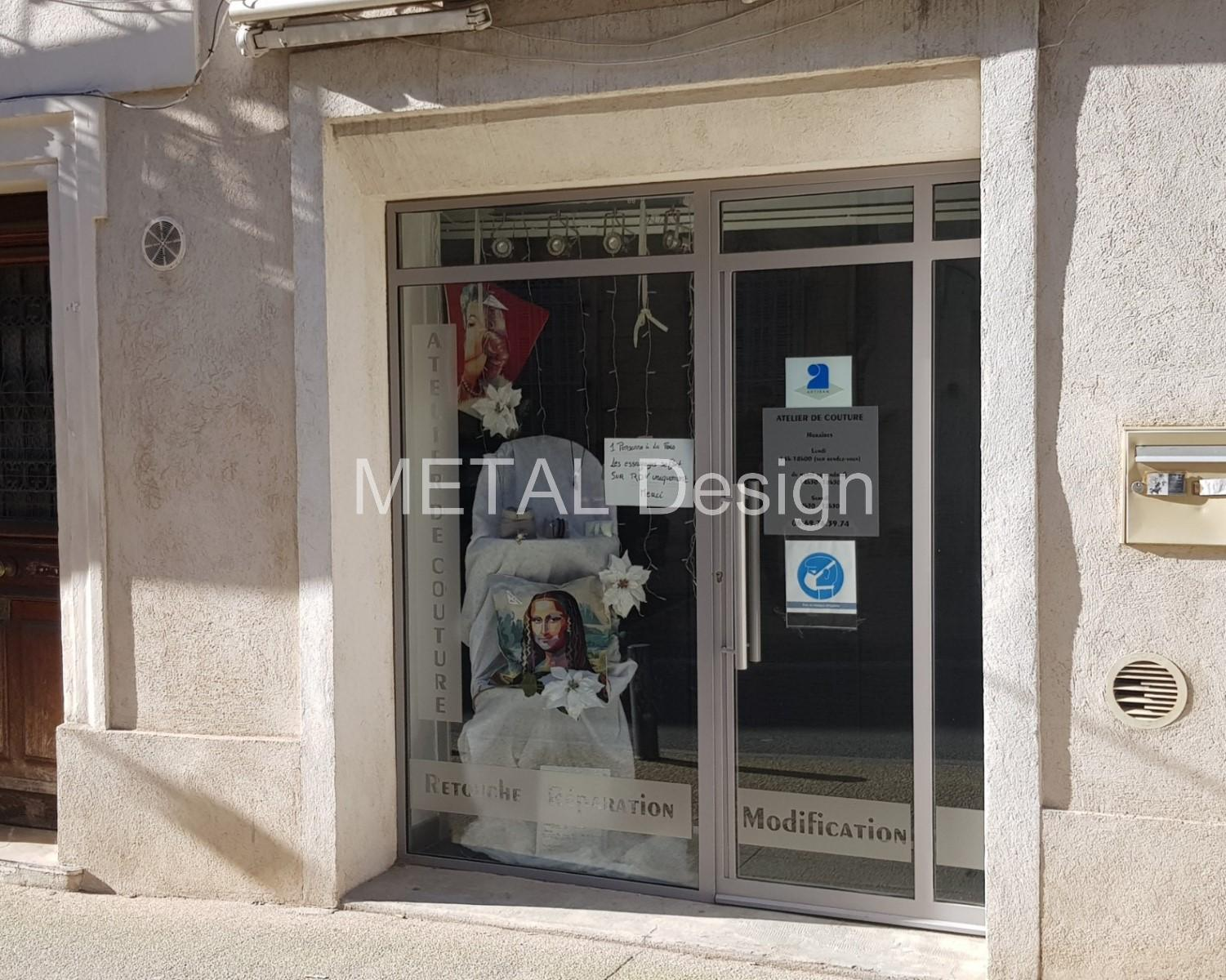 Vitrine magasin sur mesure