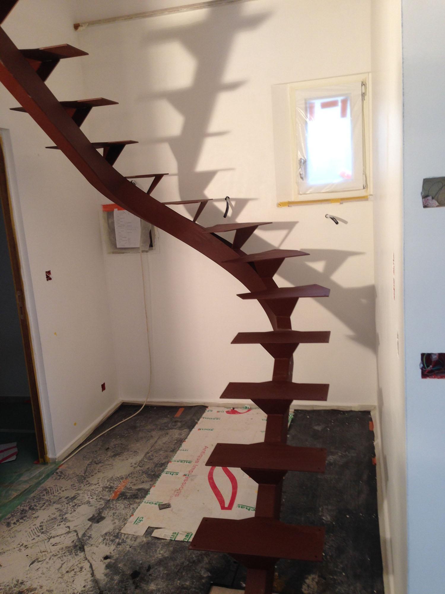 Escalier stucture métallique