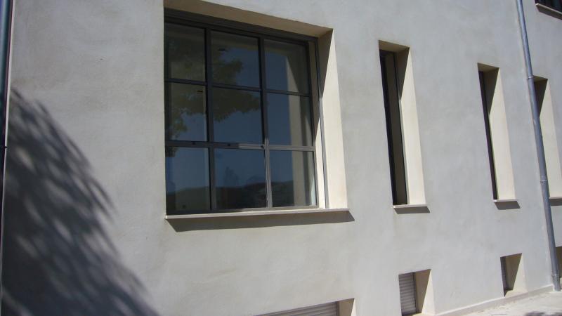 Fineline - Ouvrant face extérieur  - Double vitrage à faible émissivité - Revêtement epoxy
