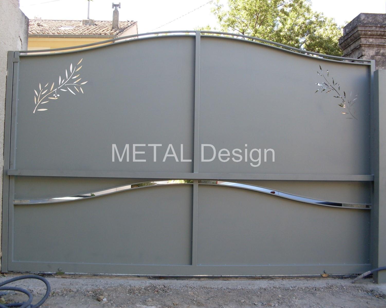 Fabrication de portail Coulissant Acier sur mesure et personalisé dans le 13