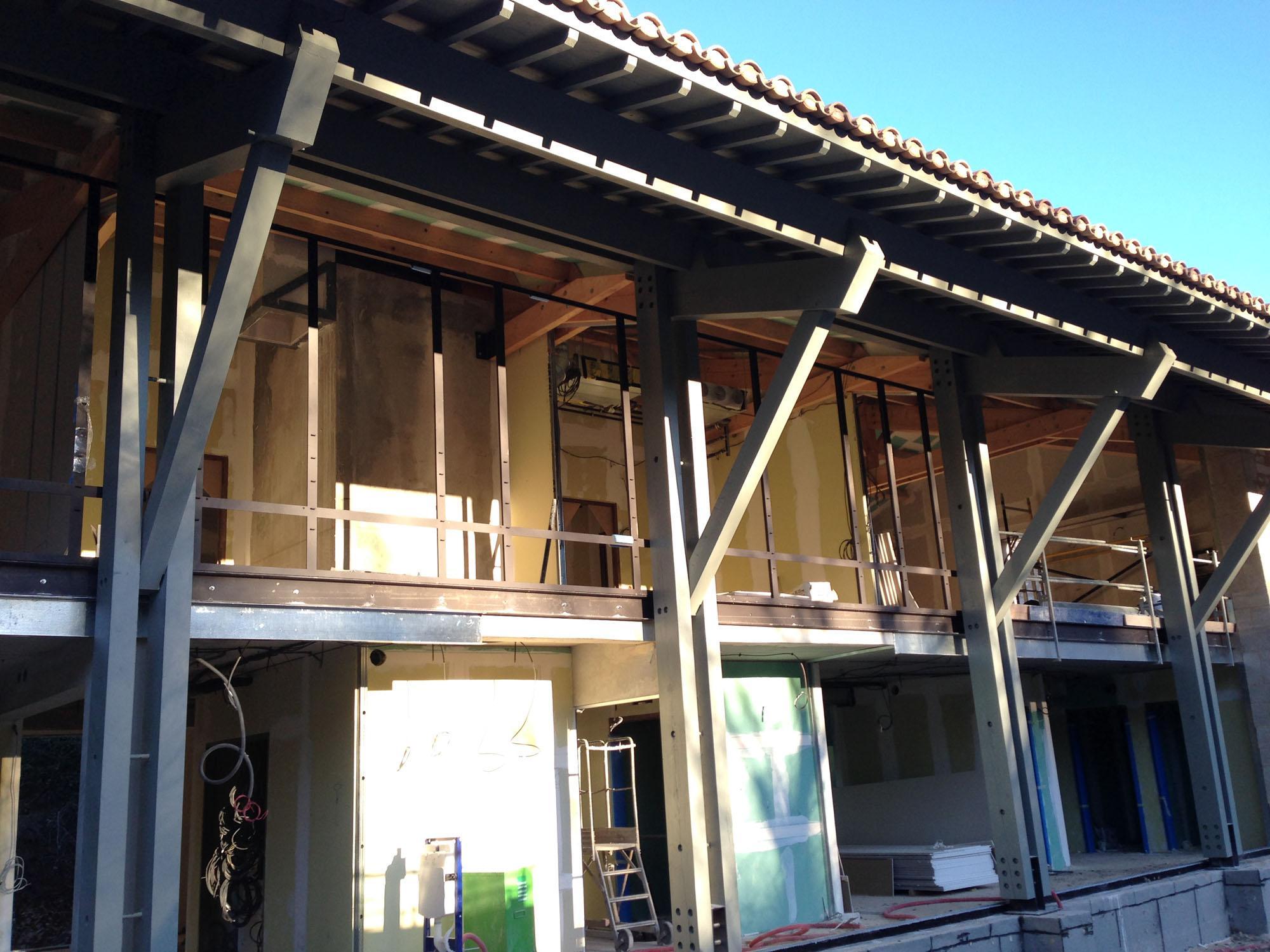 Rénovation d'un domaine en salles de séminaire aux Baux de Provence dans les Alpilles