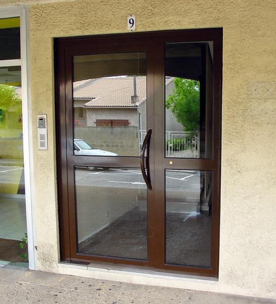 Porte D'Entrée D'Immeuble Acier - Fabrication Porte Fenêtre Acier