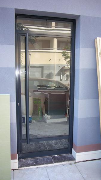 porte d 39 entr e d 39 immeuble acier marseille 13 arles miramas. Black Bedroom Furniture Sets. Home Design Ideas