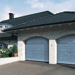 Porte sectionnelle installation portes de garage for Grande porte de garage sectionnelle